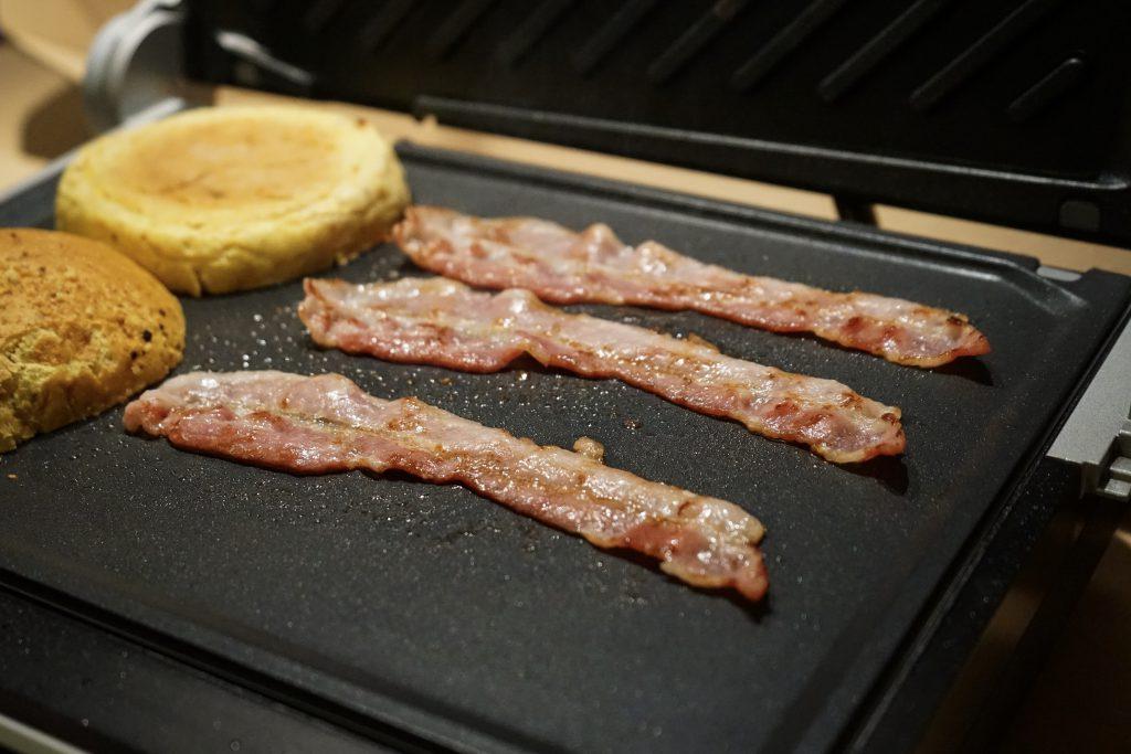 Bacon auf dem Gastroback Design BBQ Advanced Control