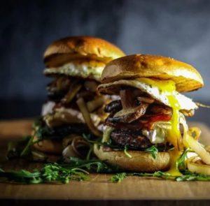 Burger mit Shiitake Pilzen