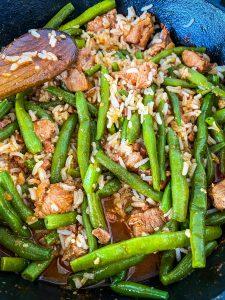 Schweinegulasch Reispfanne