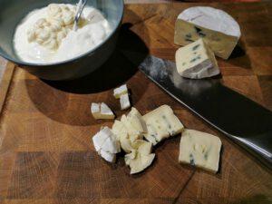 Bluecheese Dip vorbereiten