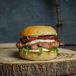 italienischer Burger mit Salciccia